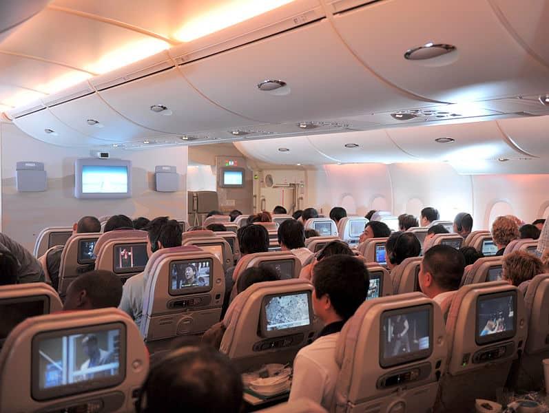 emirates a380 economic class seating arrangements