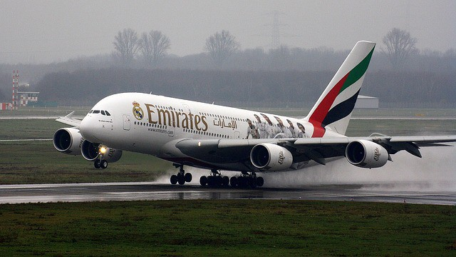 emirates a380 take off