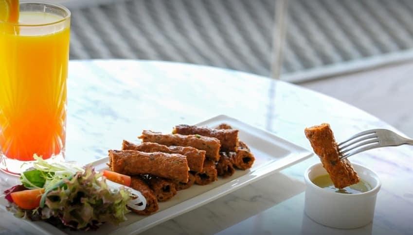 Al Dawaar revolving restaurant foods