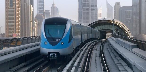 metro trains in dubai